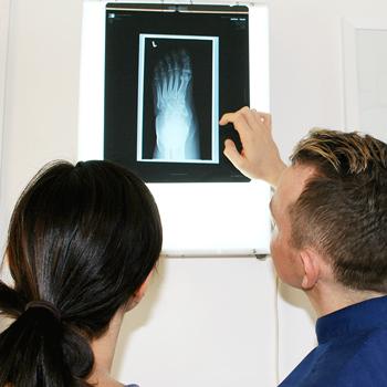 chiropractor-first-visit-xray
