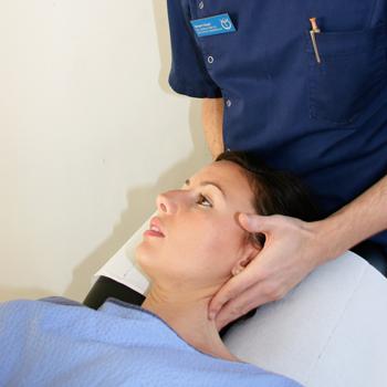 chiropractor-first-visit-treatment