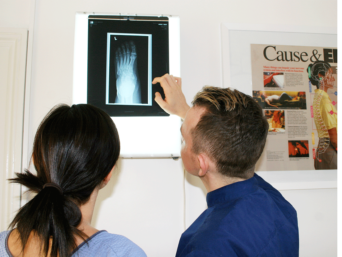 chiropractic-first-visit-xray-joints